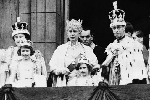 Queen-Elizabeth-Princess-Elizabeth-Queen-Mary-of-Teck-Princess-Margaret-and-King-George-VI-after-the-King-and-Queen-coronation-Buckingham-Palace-London-England-May-12-1937